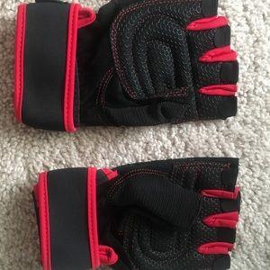 Brand New Workout Gloves- Medium